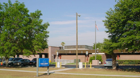 Image: Lutz Branch Library